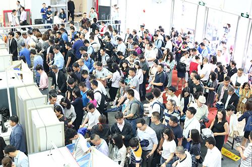 """智在创新,慧赢未来——第十四届世界制药机械、包装设备与材料中国展""""智慧""""起航"""