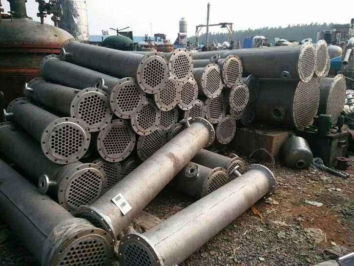 供应二10台175平方手钛材质冷凝器
